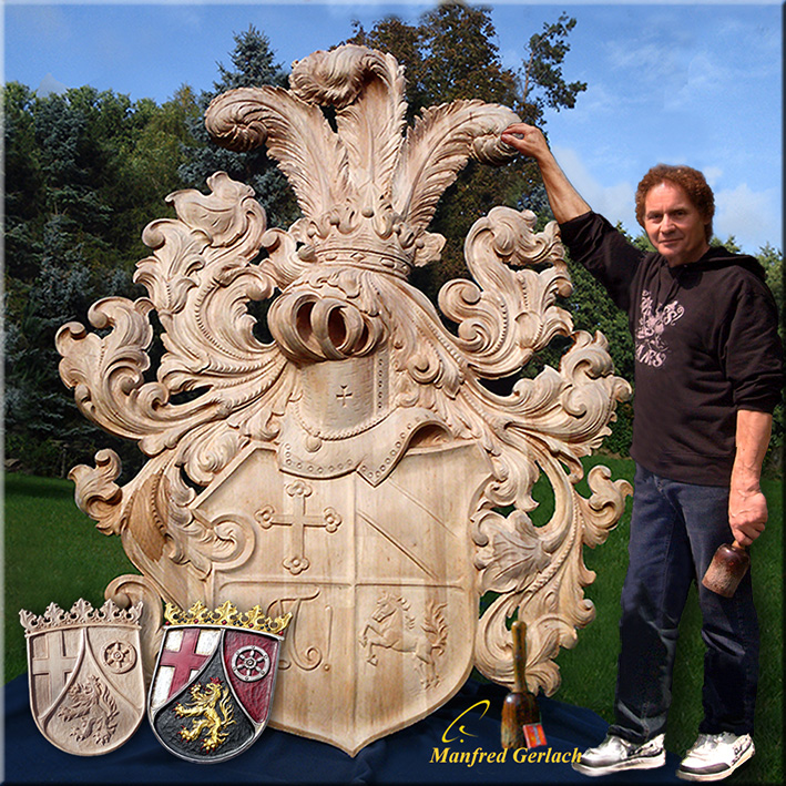 Schnitzerei Hand geschnitzt. Holzschnitzerei, Figuren, Wappen ...